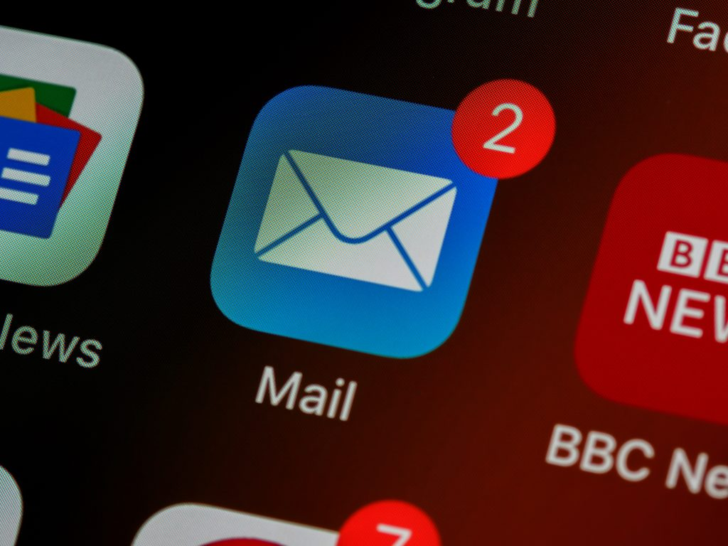 Email, unread email on the phone screen